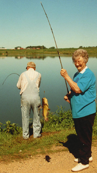 Ted_mary_fishing2